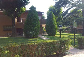 LAGO DI GARDA, LOCALITA' SIRMIONE (BS), BILOCALE ARREDATO
